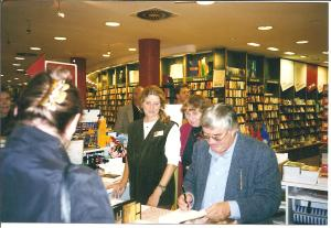 Bild 12_8n8 1998.10.01 Peter Härtling zu Gast